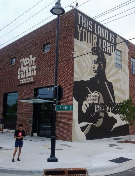 THE WOODY GUTHRIE CENTER